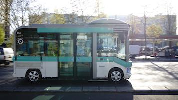 通院・買い物などに対応する公共交通機関を新たに用意したい